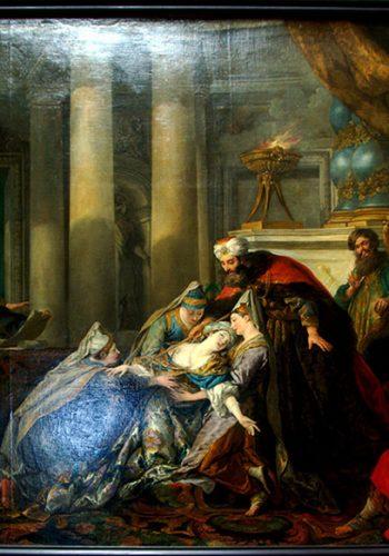 Jean-François de TRYE. L'Evanouissement d'Esther, 1737. C'est en cherchant à intervenir auprès d'Assuérus pour sauver les juifs de l'extermination qu'Esther, enfreignant l'interdiction de pénétrer dans le palais sans autorisation, s'évanouit. Le roi pose son sceptre sur le cou de son épouse en signe d'absolution (Additions au Livre d'Esther, XV).