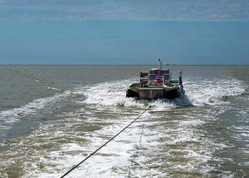 Bateau amphibie qui nous a déposé sur le chemein d'accès au Phare