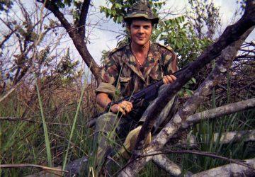 Moment de repos et de chasse dans la savane